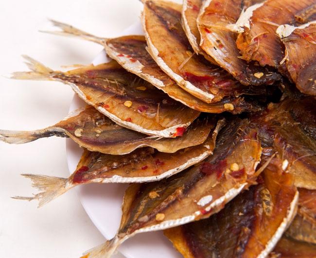 Cá chỉ vàng nướng lò vi sóng