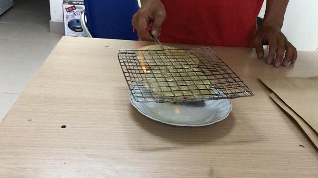 Cách nướng cá bò khô bằng cồn